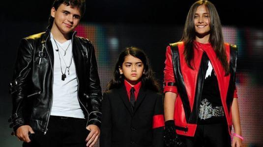 Así lucen los hijos de Michael Jackson a casi diez años de su muerte