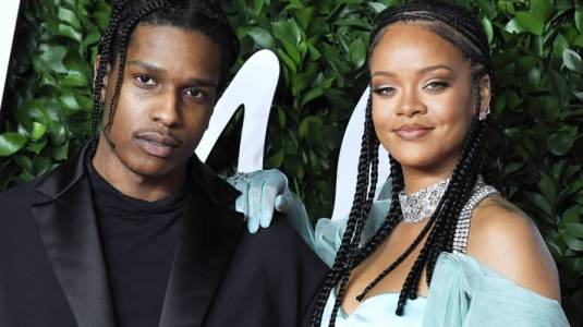 Rihanna y ASAP Rocky están juntos y se dejan ver en restaurant