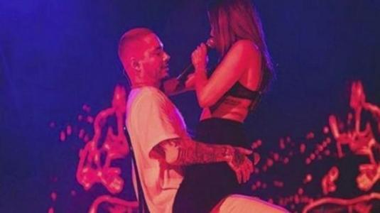 El fogoso juego arriba del escenario de J. Balvin y la cantante brasileña Anitta