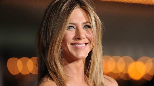 Jennifer muestra su clóset en cuarentena