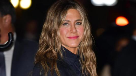 Jennifer Aniston dona 8 millones de pesos a enfermeras en aislamiento por coronavirus