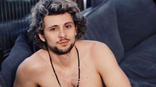 Usuarias mandan a Joaquín Méndez a depilarse la zona íntima