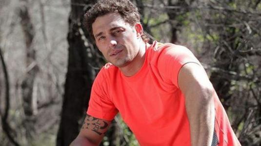 Joche Bibbó presume de su marcado abdomen desde Miami