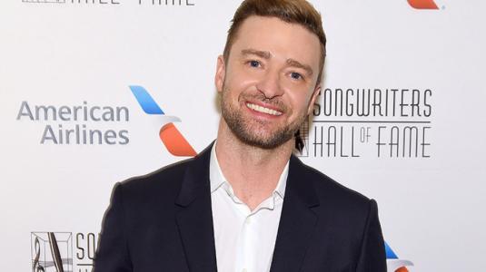 Justin Timberlake fue captado de la mano con actriz que no es su mujer