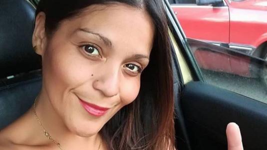 Kathy Orellana recibe críticas por selfie en el baño