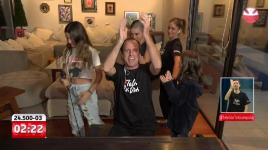 Stefan Kramer hizo su rutina desde la casa y junto a su familia