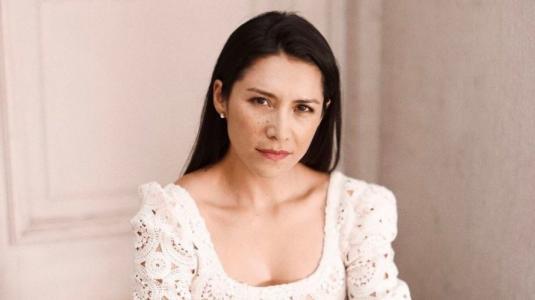 Loreto Aravena resalta la importancia de las labores del hogar junto a su hija