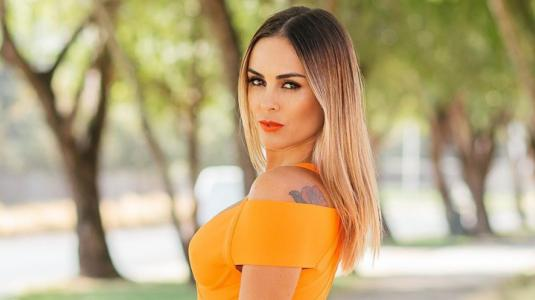 """Bkn que tu marido permite mostrarte así "": comentario machista incendió Instagram de Maura Rivera"