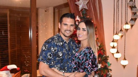 Maura Rivera y Mark González imitan video de JLo y su pareja en Tik Tok