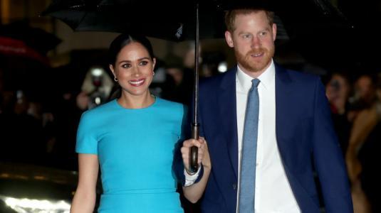 """Meghan Markle y el príncipe Harry se suman al """"aislamiento social"""" por COVID-19"""