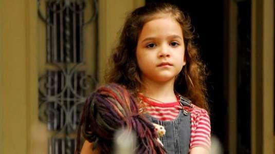 """Así luce actualmente la niña que interpretó a la pequeña Rita de """"Avenida Brasil"""""""