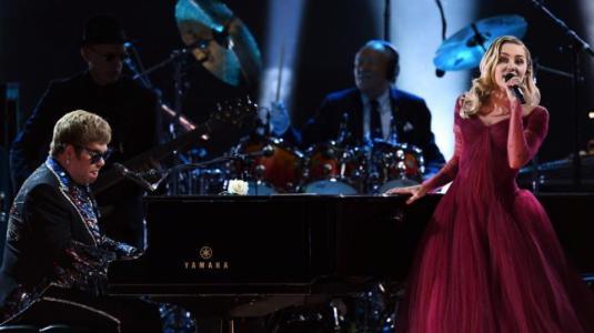 Así fue la presentación de Miley Cyrus y Elton John en los Grammy 2018