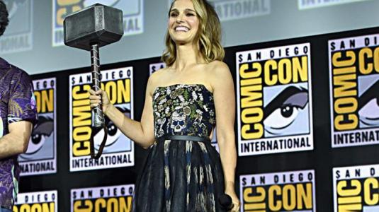 El universo de Marvel le da la bienvenida a Natalie Portman