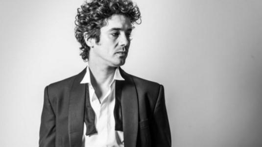 Matías Oviedo interpretará a Gustavo Cerati en obra de teatro