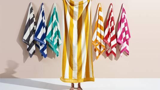 Toallas de playa: tus días de relajo con el mejor estilo