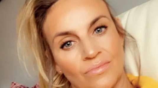 Mujer viola cuarentena para aumentar sus labios y resultado es devastador