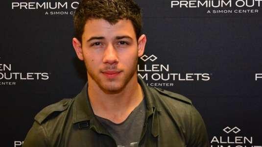 Nick Jonas por fin conoció a su sobrina
