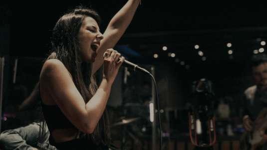 Daniela Castillo lanza nuevo disco en vivo