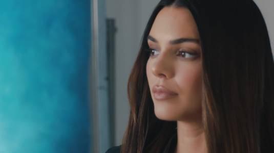 Kendall Jenner se sincera sobre la intensa lucha por su salud mental