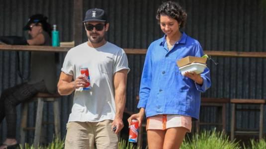 Así ha sido el año en Australia de Zac Efron y su novia Vanessa Valladares