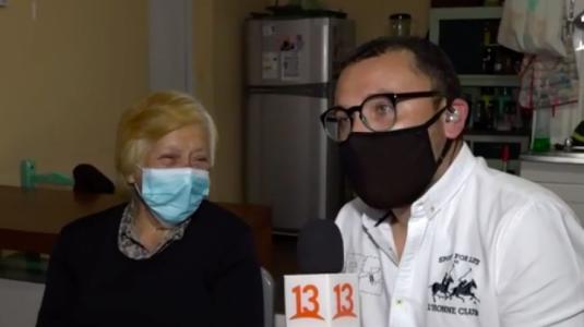 """""""Debe tener muchas admiradoras"""": Reportero de Aquí Somos Todos recibe piropos en despacho en vivo"""