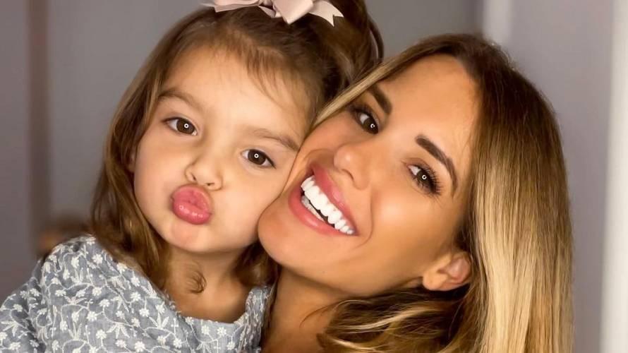 "Gala Caldirola se luce con ""matchy matchy"" junto a su hija"