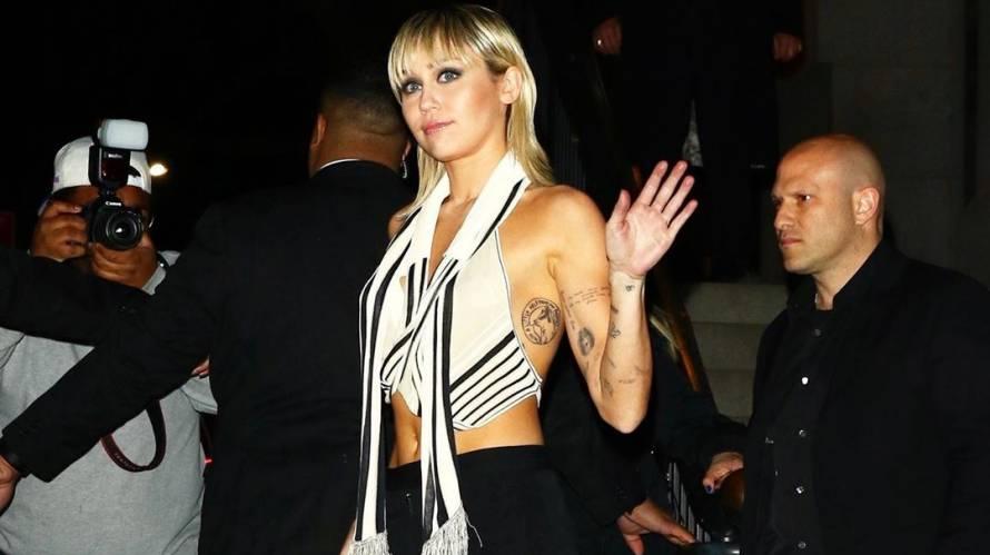 Miley Cyrus impacta en la New York Fashion Week