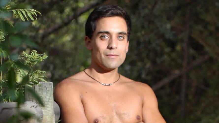 El destape de Renato Jofré para la próxima teleserie de Canal 13