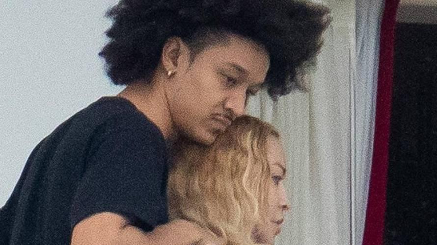 Madonna es captada con sospechoso hombre