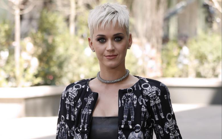 Trabajadora demanda a Katy Perry:
