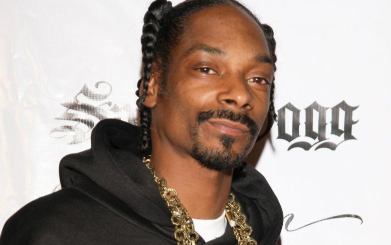 Snoop Dogg impacta con acto de rebeldía afuera de la Casa Blanca
