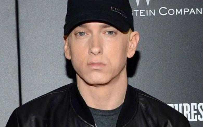 Hija de Eminem la rompe en Instagram con sus fotos