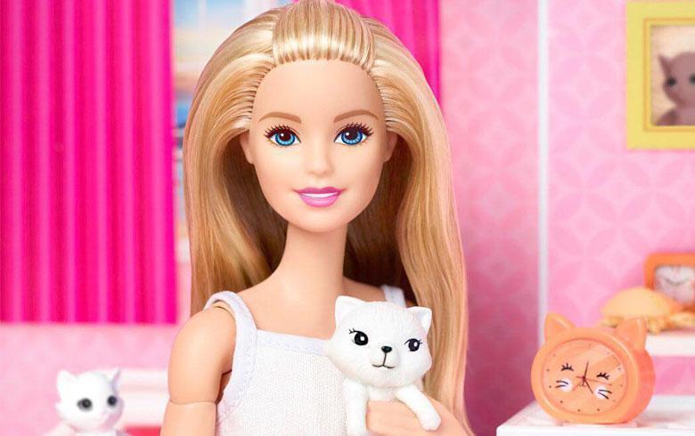 La muñeca Barbie viste por primera vez un velo islámico