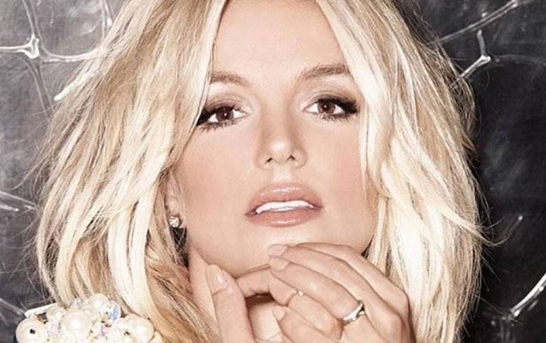 Britney Spears sepulta años de playback con interpretación en vivo