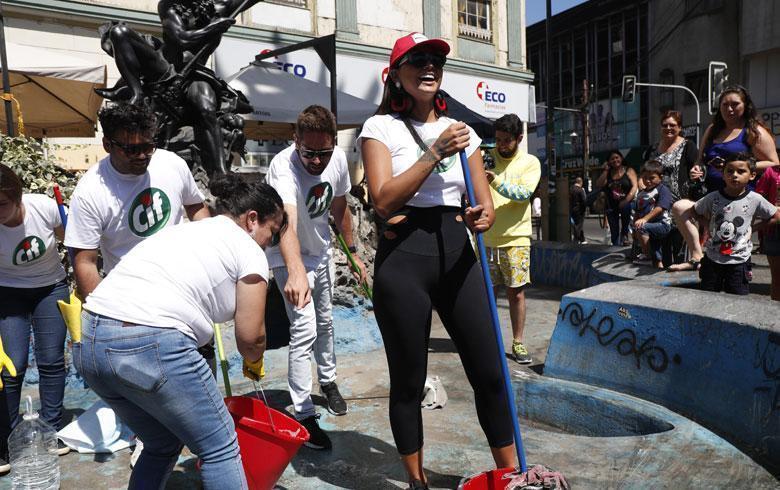 La particular campaña de Camila Recabarren para obtener votos en Viña