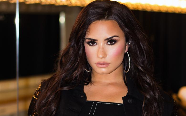 Demi Lovato suele tomar la iniciativa a la hora de ligar