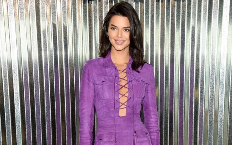 Kendall Jenner enmudece la Ópera de París con un vestido transparente