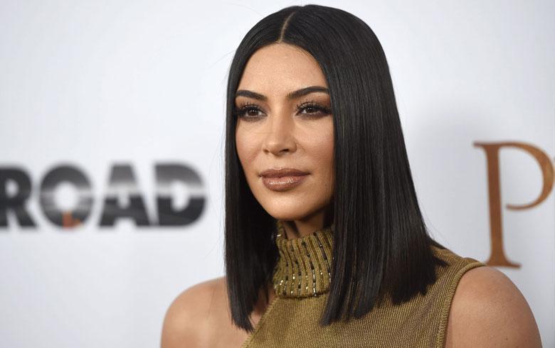 Kim Kardashian pierde fanaticada tras filtración de fotos de su trasero sin retoques