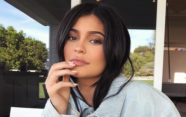 Kylie Jenner provoca pérdida millonaria a Snapchat