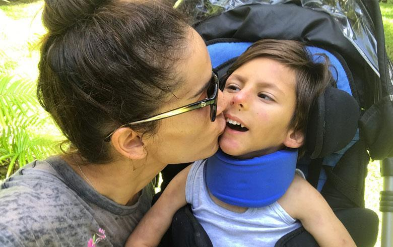 ¡Emocionante! Leonor Varela  registra los primeros pasos de su hijo