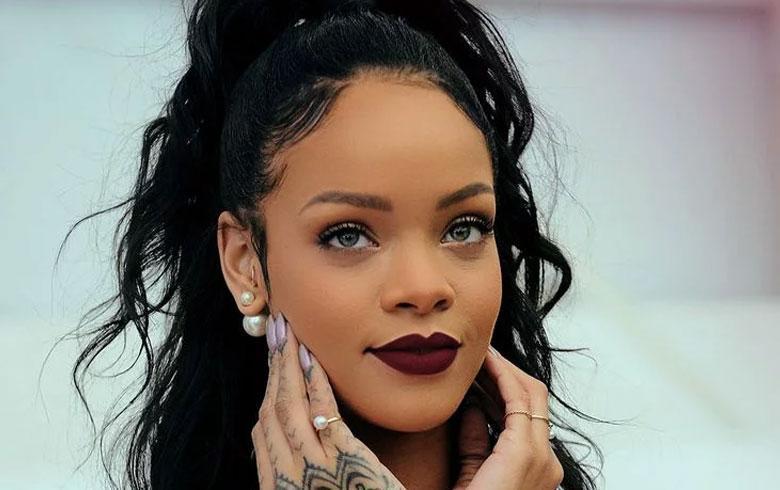 Estrena Rihanna línea de lencería
