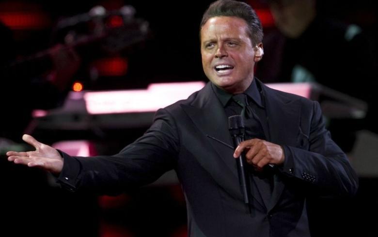 Biógrafa de Luis Miguel revela sorprendente problema de salud del cantante