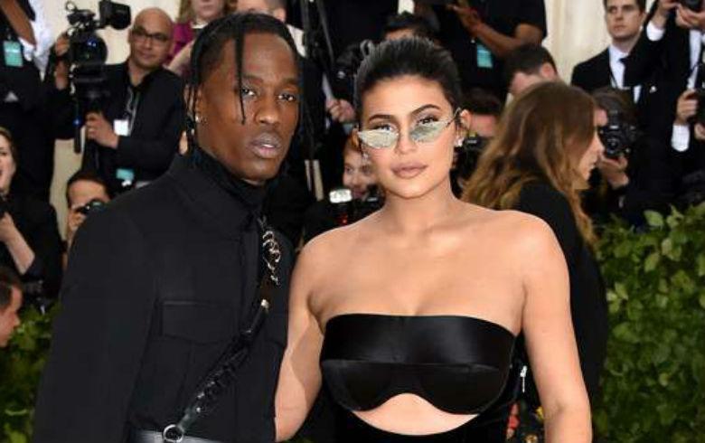 Kylie Jenner celebra sus 21 años con una nueva colección de maquillaje