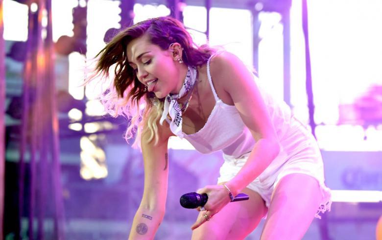 El video del que Miley Cyrus ahora se arrepiente y avergüenza
