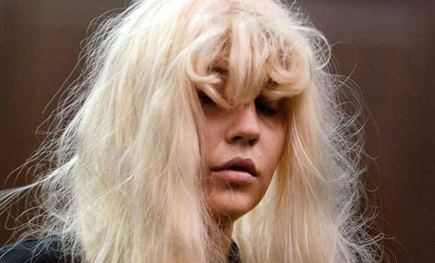 Reaparece Amanda Bynes, asegura que lleva tres años sobria