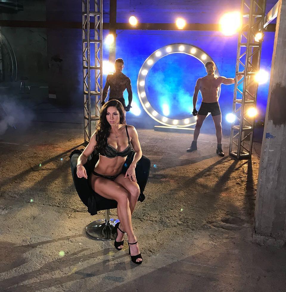Paloma Fiuza desbordó sensualidad en la Vedetón