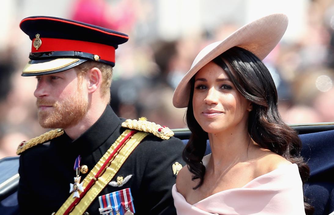 El príncipe Harry reaparece tras su luna de miel… ¡sin Meghan Markle!