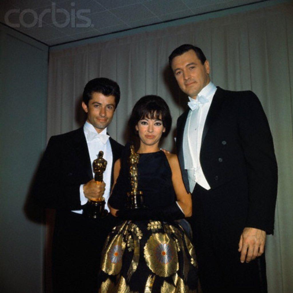 Rita Moreno apuesta por el vestido con el que ganó en 1962