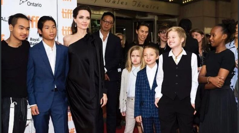 Angelina Jolie ¡podría perder la custodia de sus seis hijos!