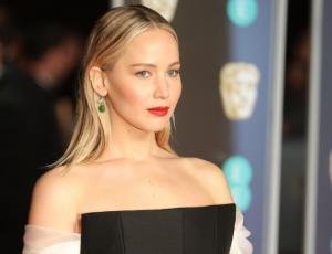 La dura respuesta de Jennifer Lawrence tras críticas por destapado look